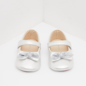 Textured Mary Jane Shoes with Bow Applique