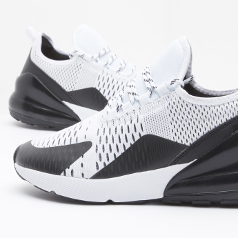 Textured Running Shoes with Lace-Up Closure